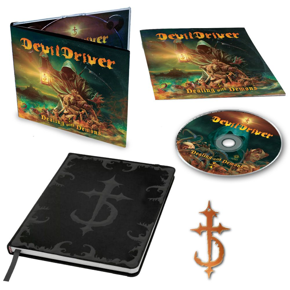 DEVILDRIVER   Dealing With Demons  9 octobre 2020  Wo11