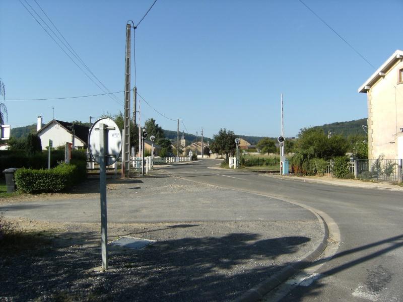 Autrecourt, petit village des Ardennes Autrec19