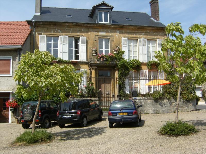 Beaumont-en-Argonne et Guillaume aux Blanches Mains Dscf0615