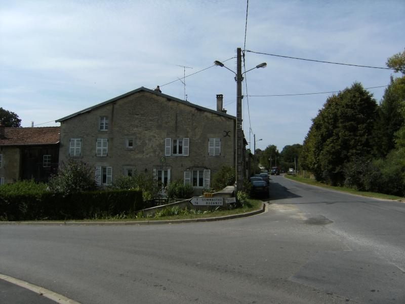 Beaumont-en-Argonne et Guillaume aux Blanches Mains Dscf0629