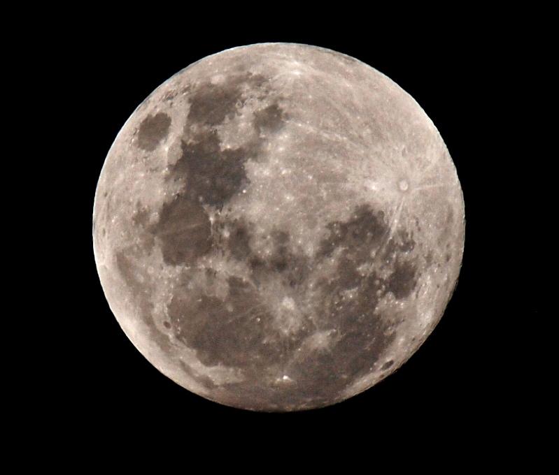 Lune du 27 Novembre!! Pb272010