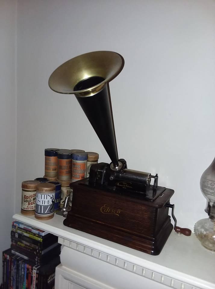 Edison cylinder machine 37167410