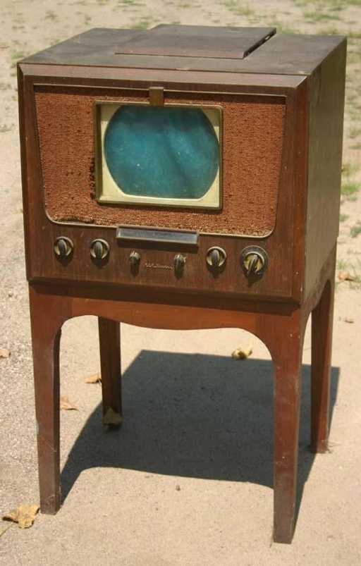 RCA Victor 8-TR-29 tv/radio. A project in progress... 77676510