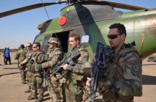 جنرال فرنسي: يمكن للمغرب أن يعتمد على الدعم الفرنسي مقابل الدعم الجزائري للبوليساريو 13591510