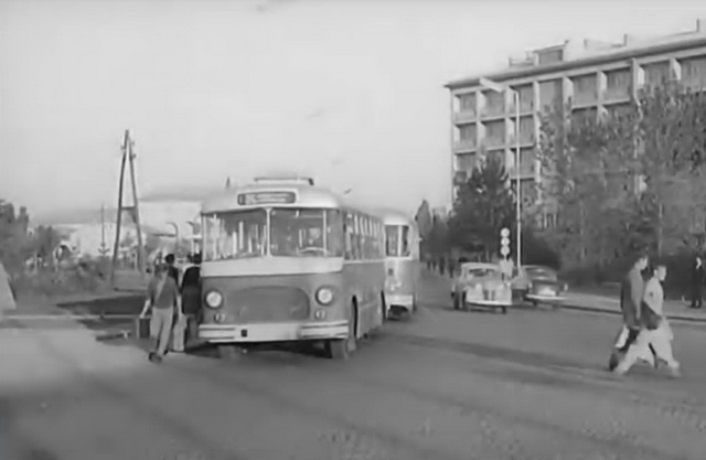 Istorija  automobilizma 2jg8l610