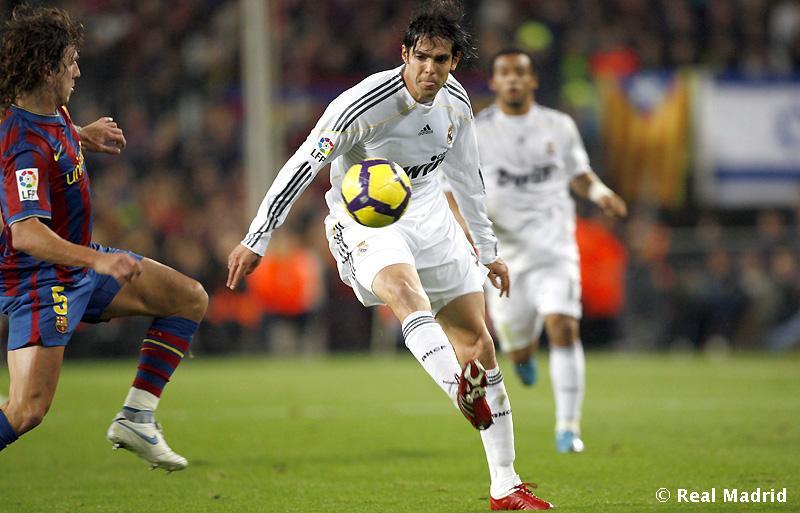 FC Barcelona : Puyol dhe Kaka 16510