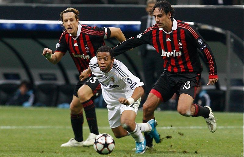AC Milan : Nesta,Ambrosini  dhe Marcelo Marcel10