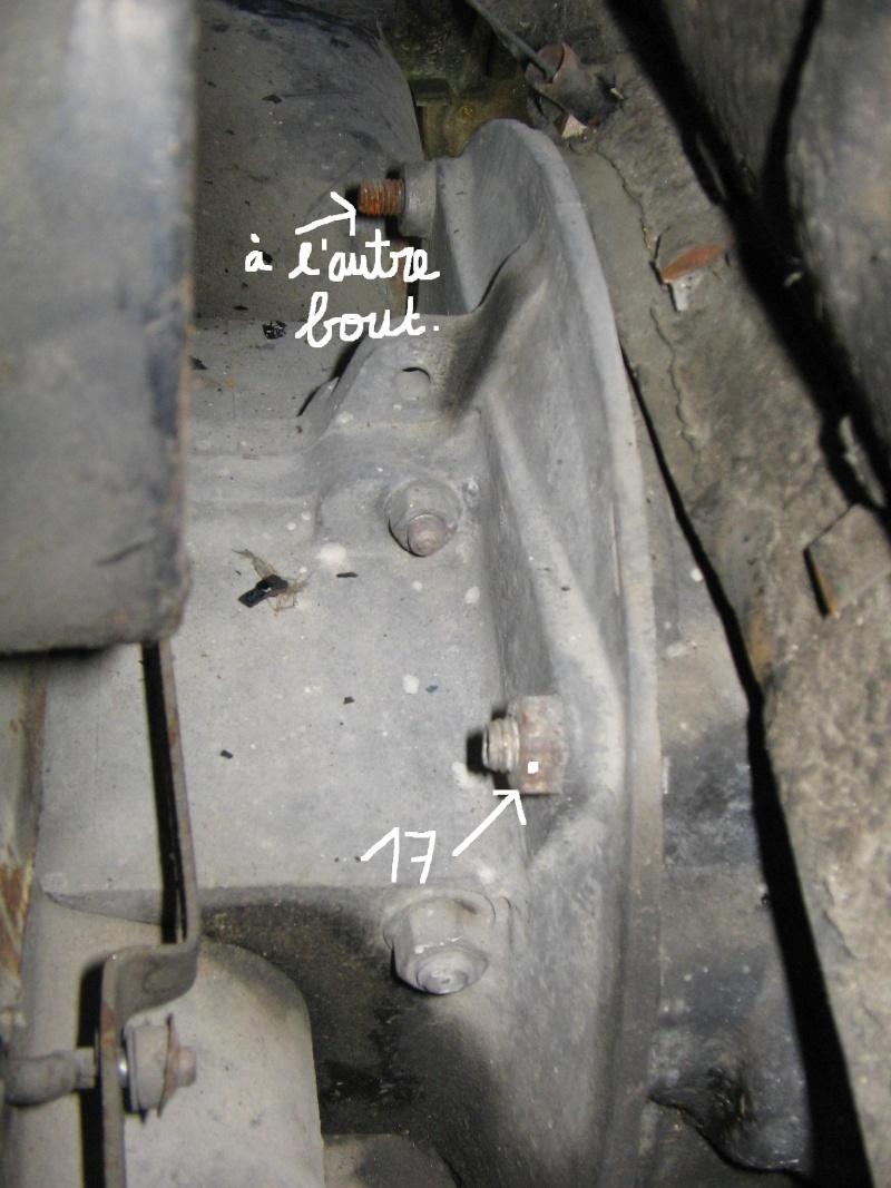 [TUTO] Dépose moteur.(avec jupe démontable) Img_4121