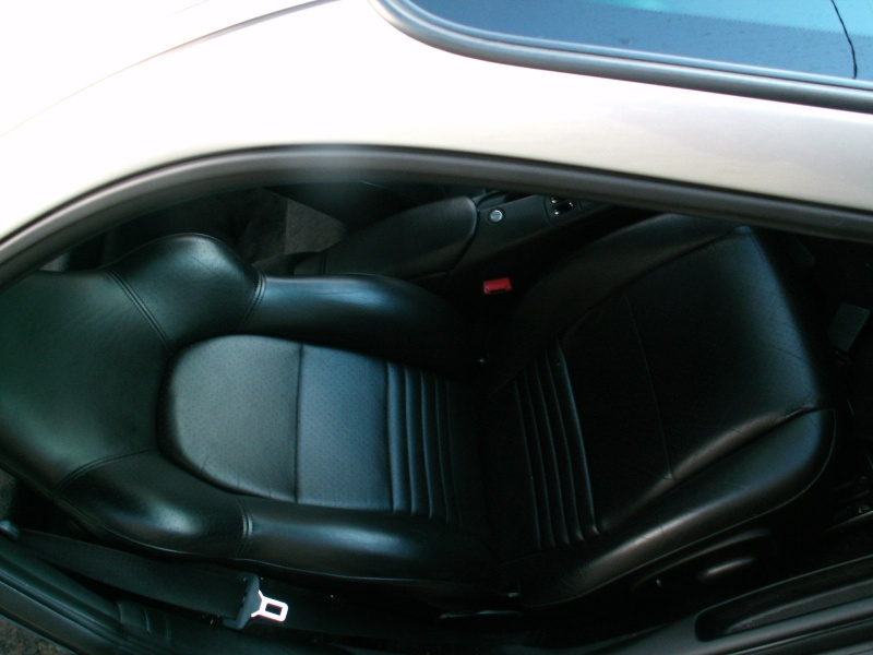 sieges et volant 996 GT3 Pict0012