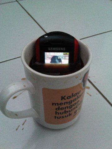 Handphone pendukung KLX 250 nih.... Img00413