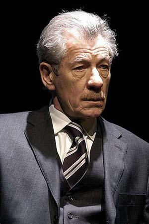 Ian McKellen es Abraham Setrakian Cut510