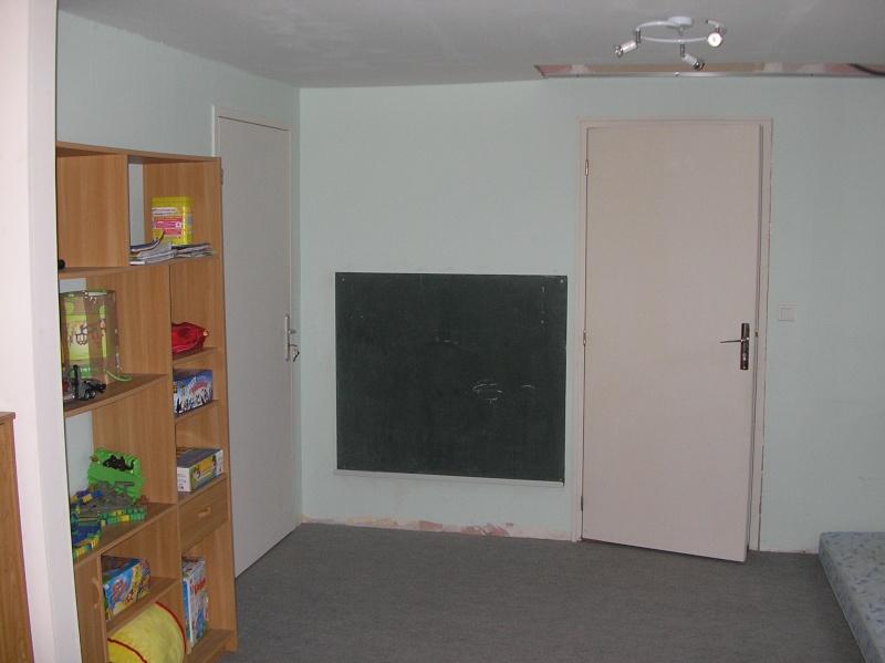 d co chambre enfant murs blancs. Black Bedroom Furniture Sets. Home Design Ideas