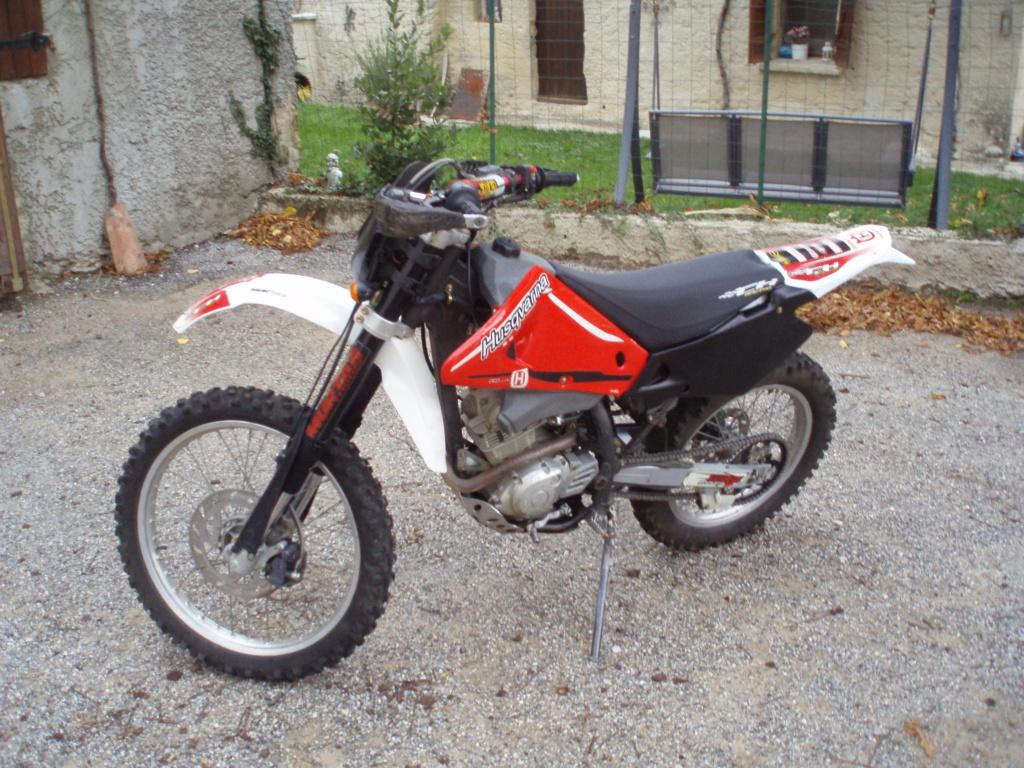 125 enduro CH Racing pour débutante      P1010011
