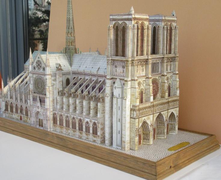 Kathedrale Notre Dame, 1:250, L'Instant Durable Img_0010