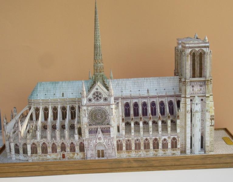 Kathedrale Notre Dame, 1:250, L'Instant Durable Img_0011