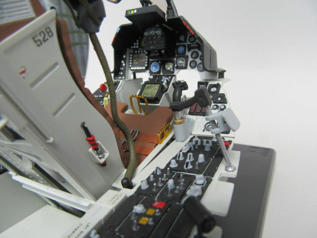Cockpit F-16, Italeri 1:12 Img_0248
