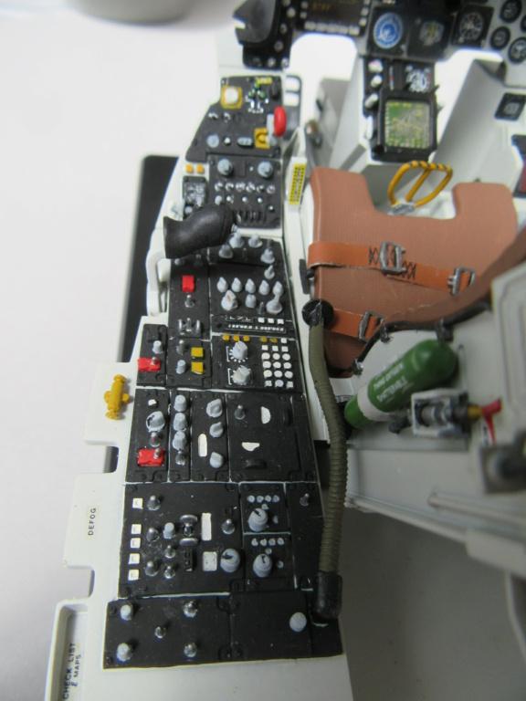 Cockpit F-16, Italeri 1:12 Img_0252