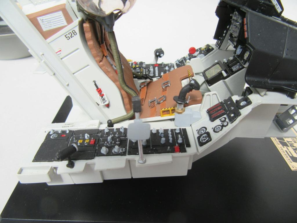 Cockpit F-16, Italeri 1:12 Img_0253