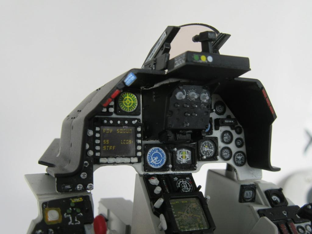Cockpit F-16, Italeri 1:12 Img_0257