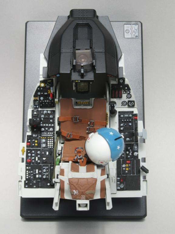 Cockpit F-16, Italeri 1:12 Img_0258