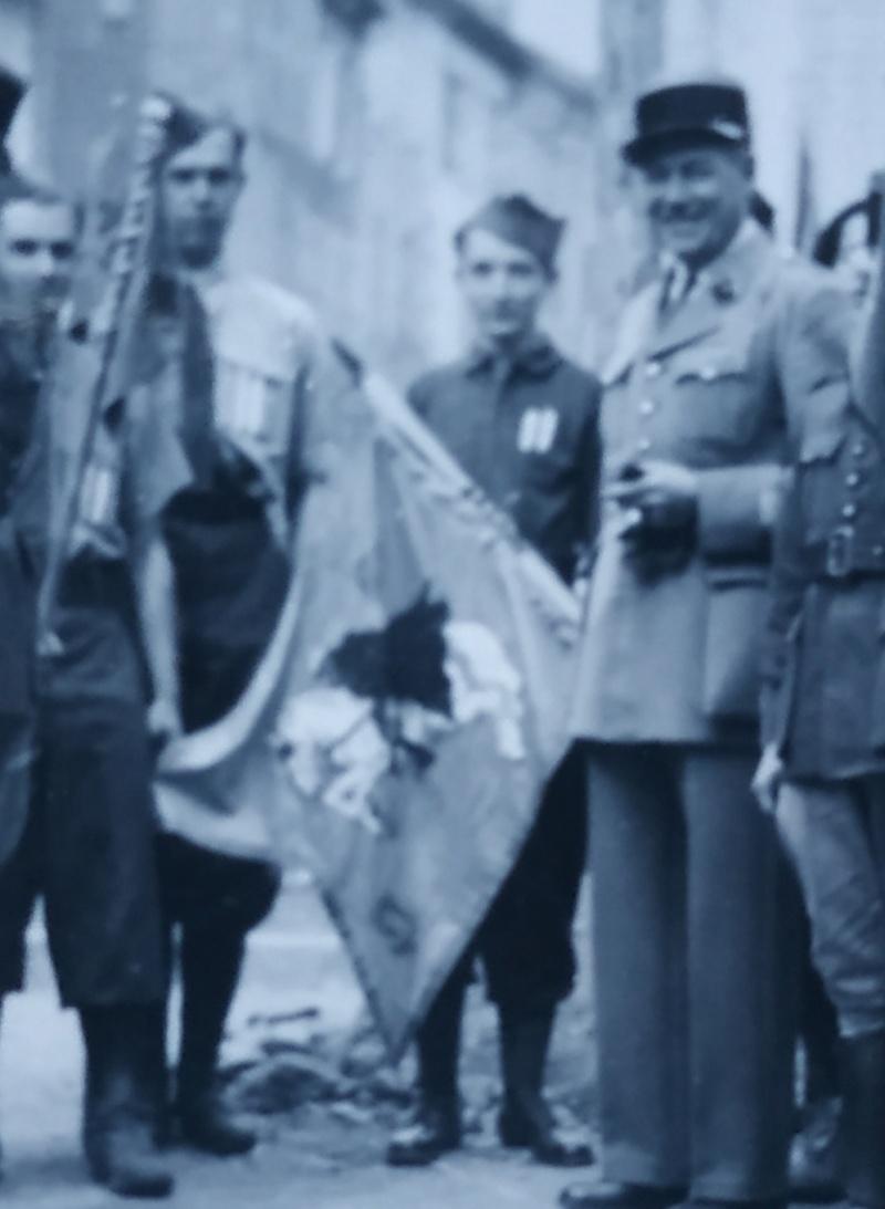 Identification d'un fanion Spahis algériens ? Img_2345