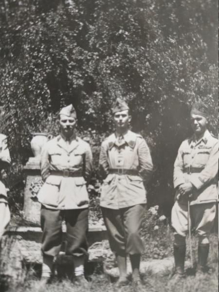 Parcours d'un officier de cavalerie 1037-1941 Img_2516