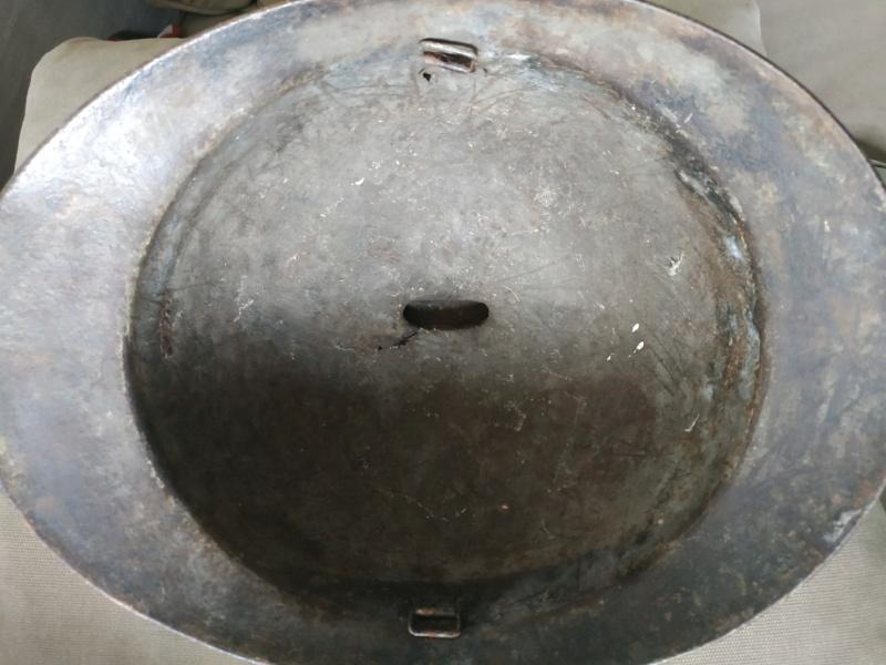 Casque italien modèle 1916 Img_2551