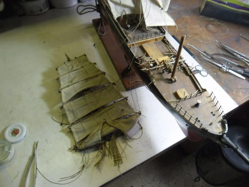 """Restaurierung eines Modells der """"Pamir"""" - Seite 2 Sam_9721"""