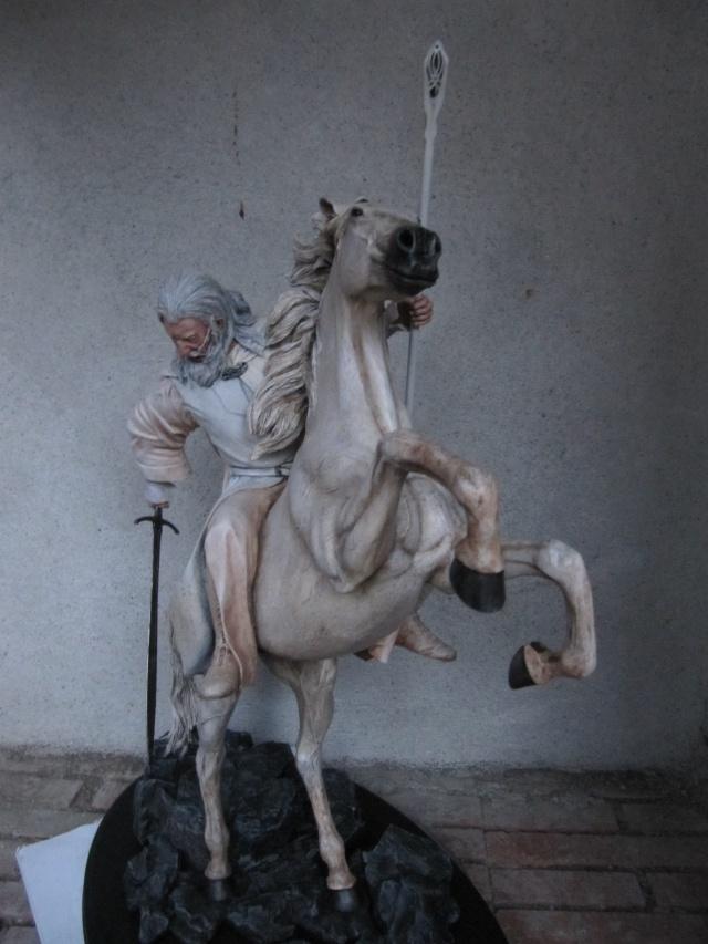 repaint statue weta sideshow bowen . Img_9420