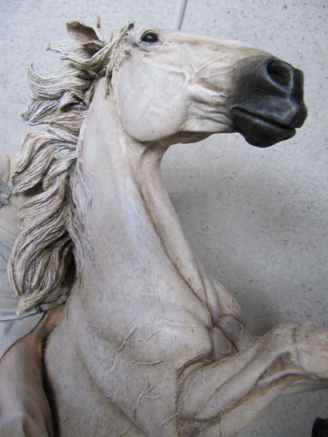 repaint statue weta sideshow bowen . Img_9510