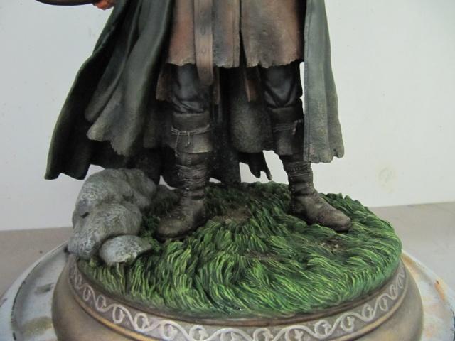 repaint statue weta sideshow bowen . Img_9712