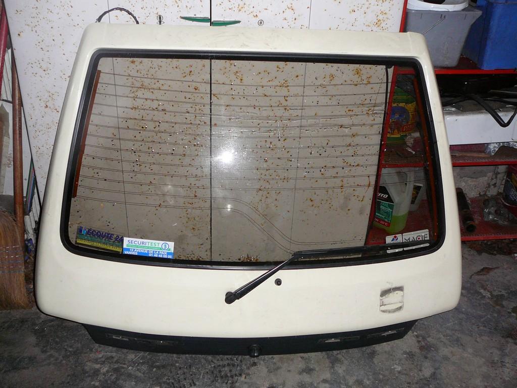 [Vendu] Peugeot 205 Indiana. P1060225