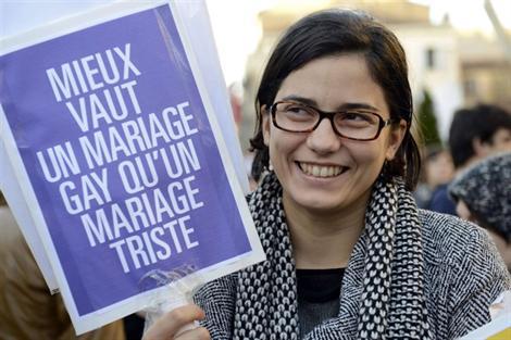 La nouvelle loi sur le mariage POUR TOUS - Page 2 Gaita10