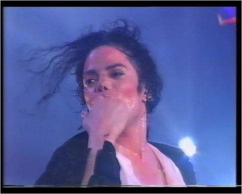 [DL] Michael Jackson - HIStory Tour Brunei 1996 (AVI) Brunei15