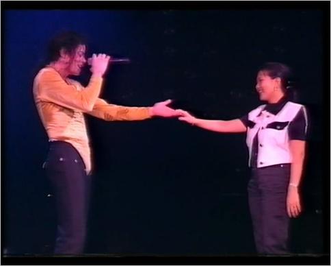 [DL] Michael Jackson - HIStory Tour Brunei 1996 (AVI) Brunei22