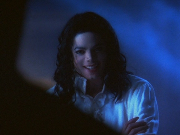 [DL] Michael Jackson - Ghosts 1997 - HDTVRip-AVC (MKV) Ghosts16