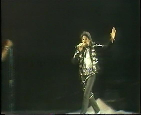 Bad Tour Leeds Report 1988 Leeds_14