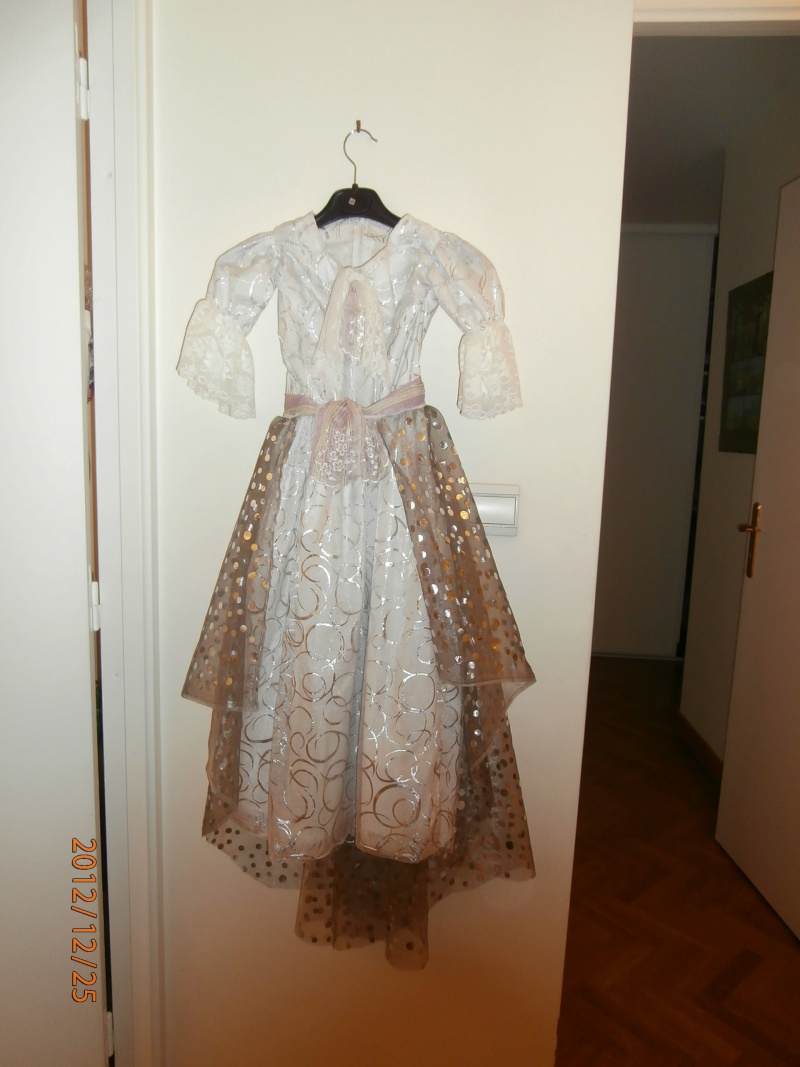 Ma galerie couture - Page 5 Pc250011