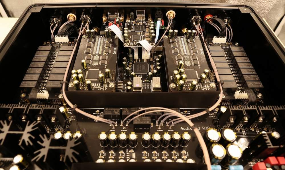 Audio-Gd R28 con R-2R Resistor Ladders DAC R28510
