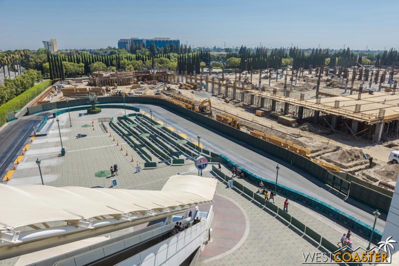 [Disneyland Resort] Projet de troisième parc et nouveaux parkings - Page 7 Dlr-1810