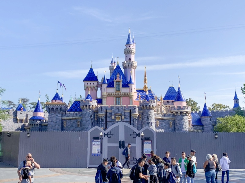[Disneyland Resort] Réhabilitation Sleeping Beauty Castle (2019) Img_6310