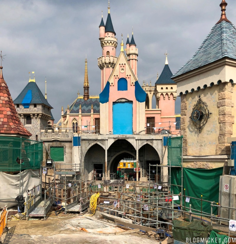 [Hong Kong Disneyland] Nouveau Sleeping Beauty Castle (2020) - Page 5 Sleepi10
