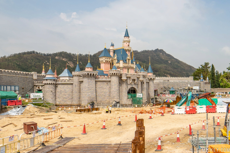 [Hong Kong Disneyland] Nouveau Sleeping Beauty Castle (2020) - Page 5 Sleepi11