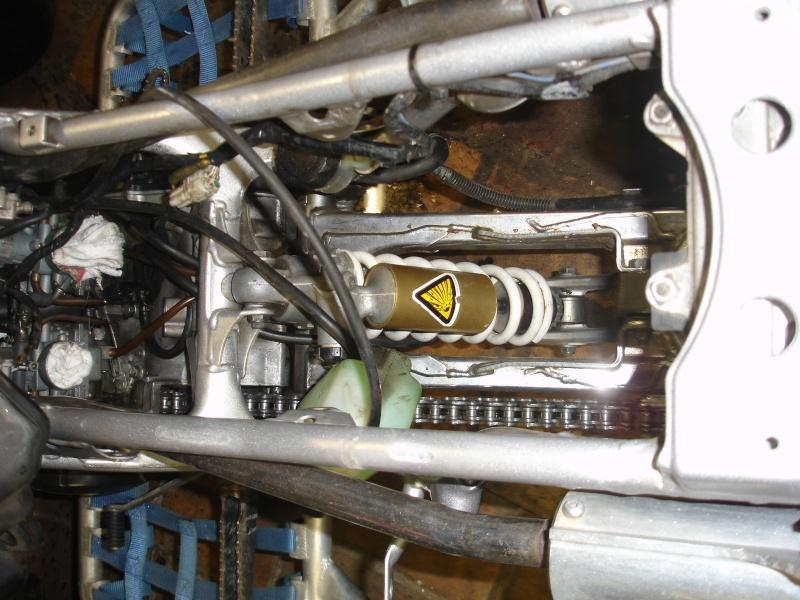fixation boite a air ! Dsc01110