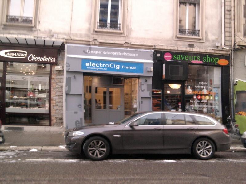 [grenoble] des boutiques physiques avec des vapoteurs dedans ! Photo010