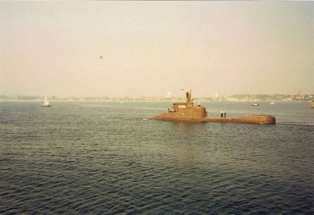the hermetically sealed class 206A submarine Ccf01110