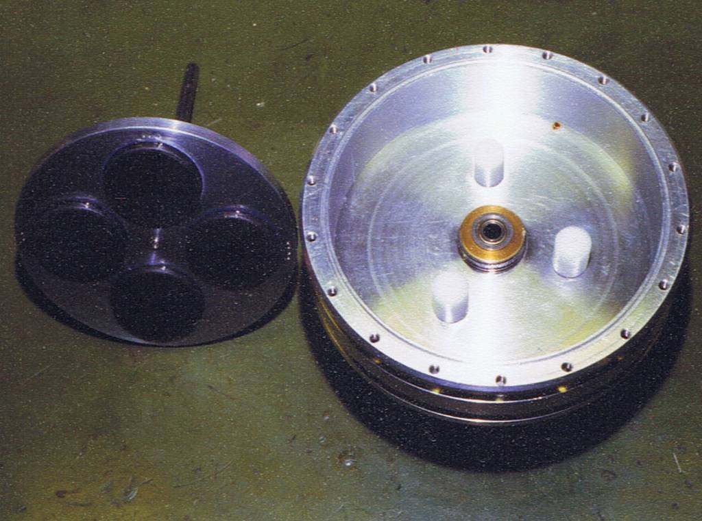 the hermetically sealed class 206A submarine Rotor_10