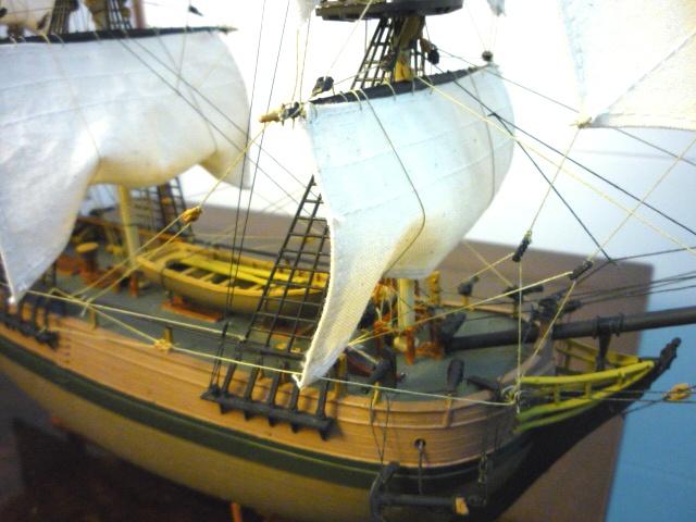 HMAV Bounty 1783 amélioré (Revell 1/110°) de alexander47 P1080311