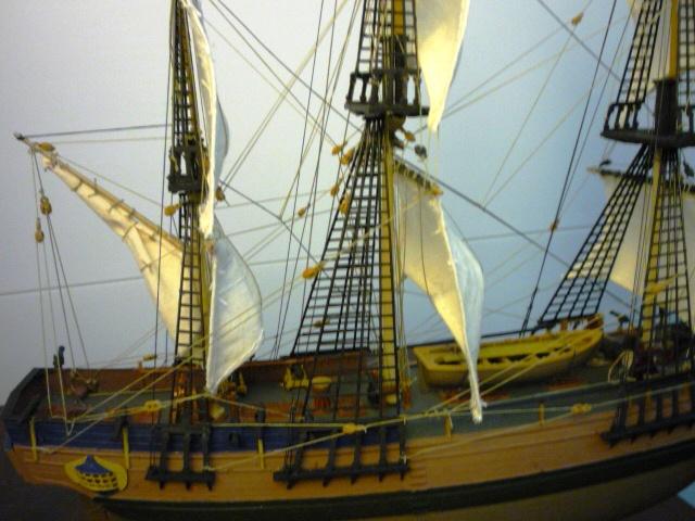 HMAV Bounty 1783 amélioré (Revell 1/110°) de alexander47 P1080312