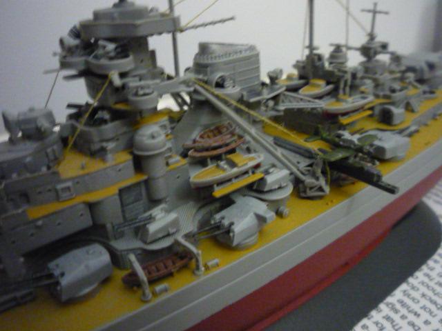 Bismarck (1/700°) de alexander47 P1080627